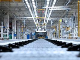Volkswagen-gruppen tråkker til med en voldsom satsingen i årene som kommer. (Begge foto: VAG)