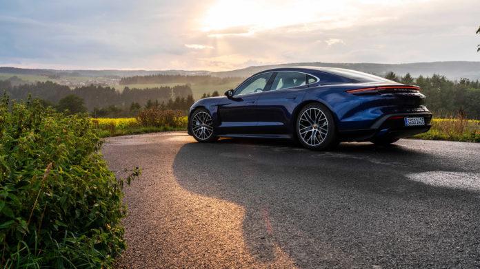 Top Gear har funnet fram til sine favoritter, og det er mye muskler blant vinnerne. (Foto: Porsche)