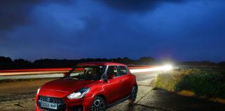 Suzuki vil introdusere et nytt mildhybrid til neste år. (Begge foto: Suzuki)