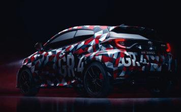 Dette blir en helt rå Toyota Yaris, inspirert av bilen som vant rally-VM i år. (Begge foto: Toyota)