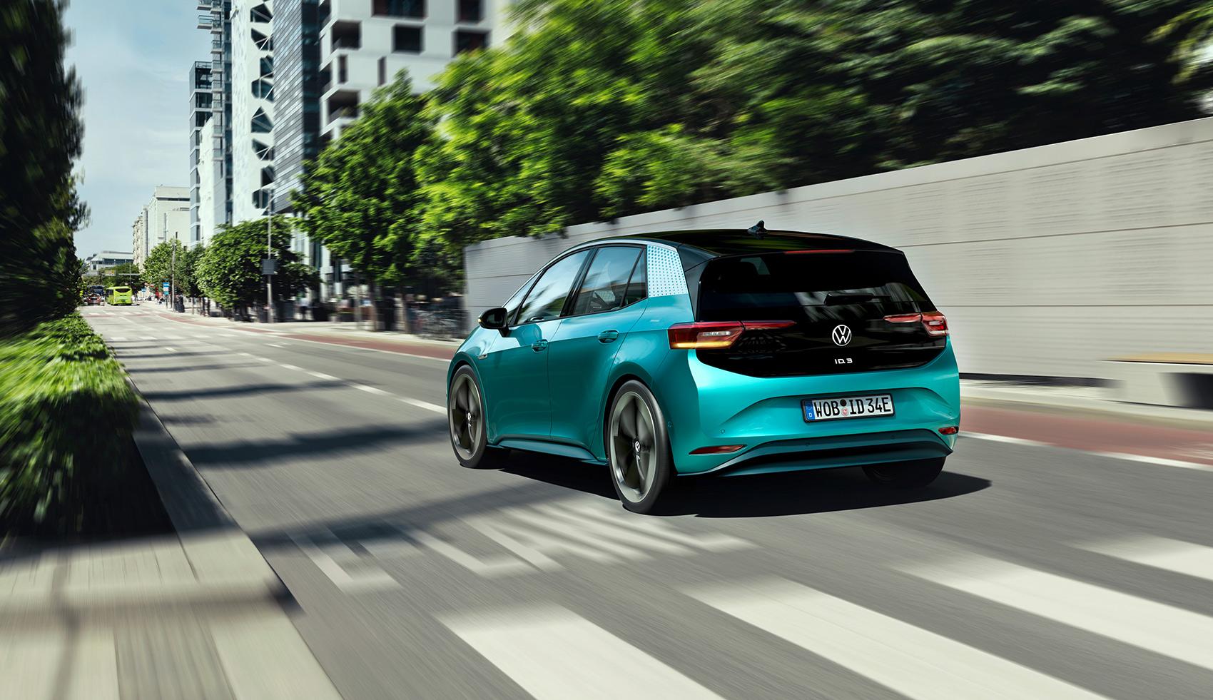 Alle elbiler i Europa må nå lage lyd når de kjører sakte, så hvordan høres Volkswagen ID. 3 ut som? (Alle foto: VW)