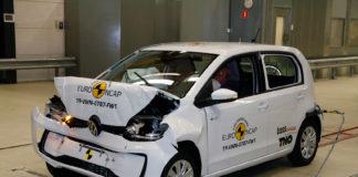 Volkswagen Up måtte nøye seg med 3 stjerner i kollisjonstesten, noe også to tvillingbiler til den måtte gjøre. (Begge foto: Euro NCAP)