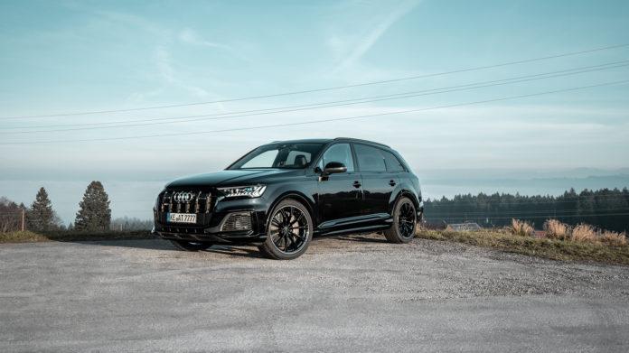 ABT har kastet seg over den i utgangspunktet imponerende Audi SQ7, og ut har det kommet et aldri så lite beist av en familie-SUV. (Alle foto: ABT)