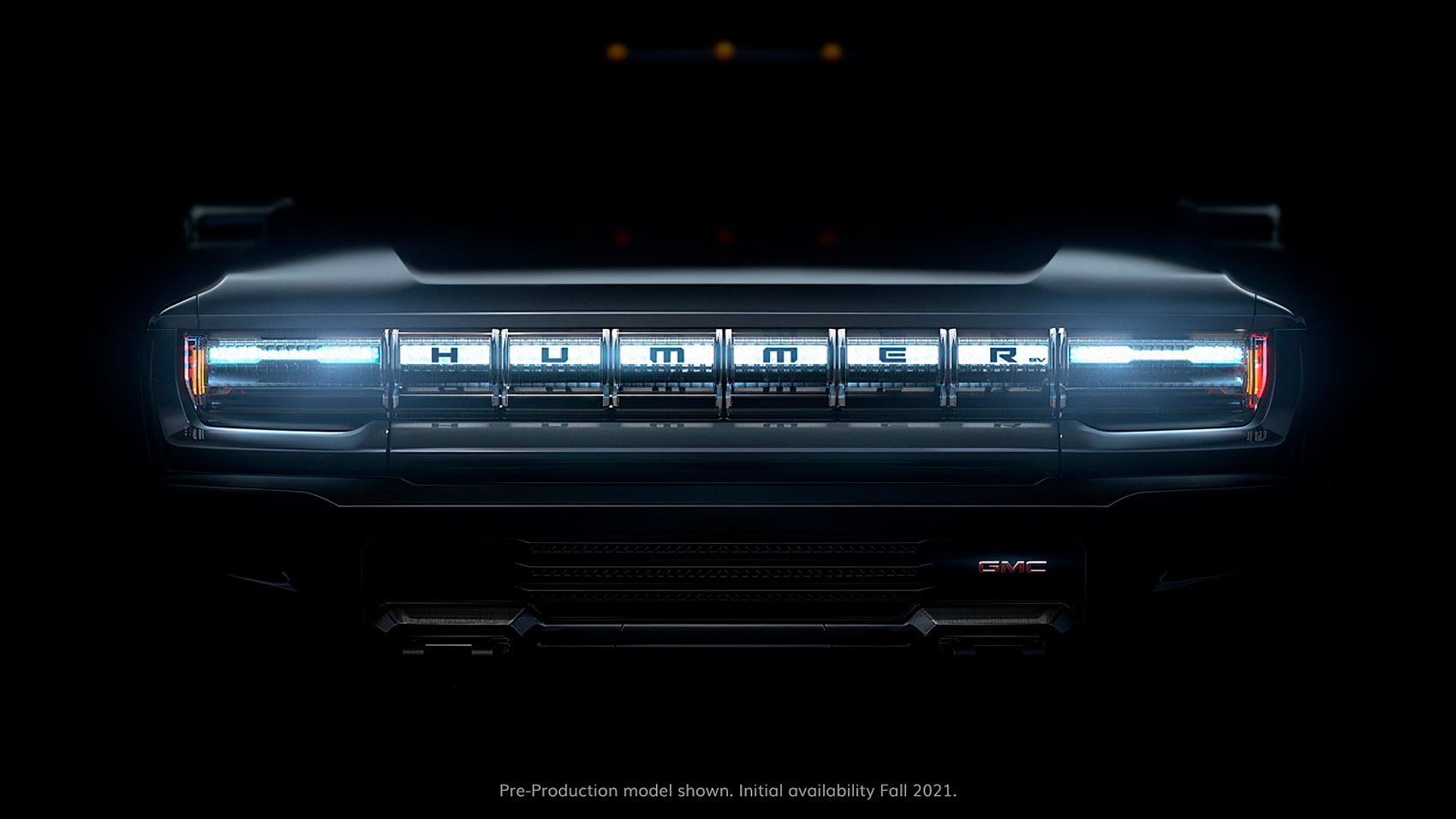 Her er det eneste bildet GMC har vist rundt den kommende elbilen Hummer EV. (Foto: GM)