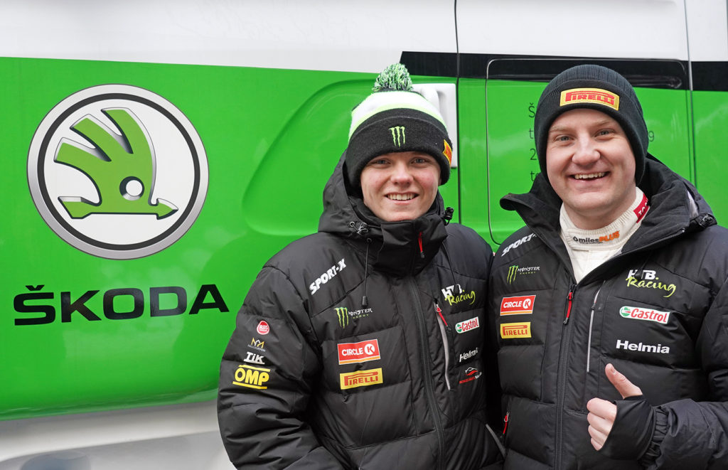 Oliver Solberg og kartleser Aaron Johnston.