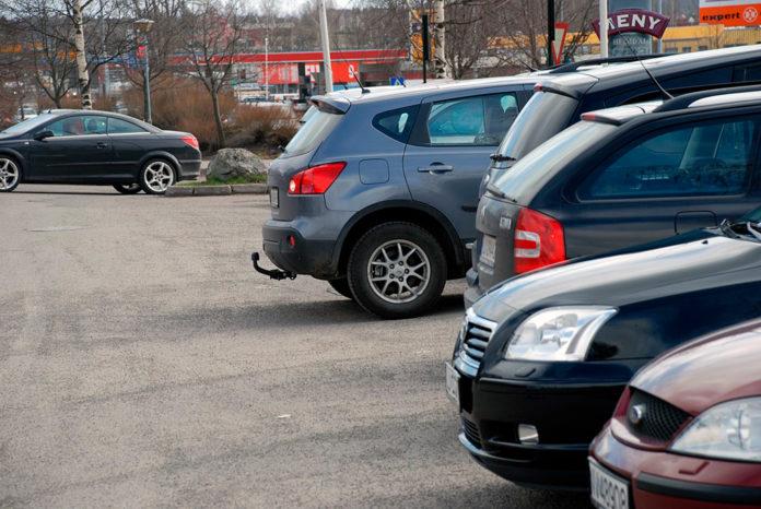 Svært mange har opplevd å få en parkeringsbulk uten at synderen har gitt seg til kjenne. (Foto: If)