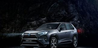 Toyota har snart klar en ny potensiell bestselger av RAV4, nemlig en ladbar hybrid med lang elektrisk rekkevidde. (Alle foto: Toyota)