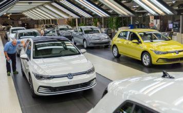 Volkswagen er en av bilprodusentene som risikerer kjempebøter når nye utslippskrav trer i kraft. Her nye Golf som slipper ut mellom 108 og 112 g/km CO2. (Foto: VW)