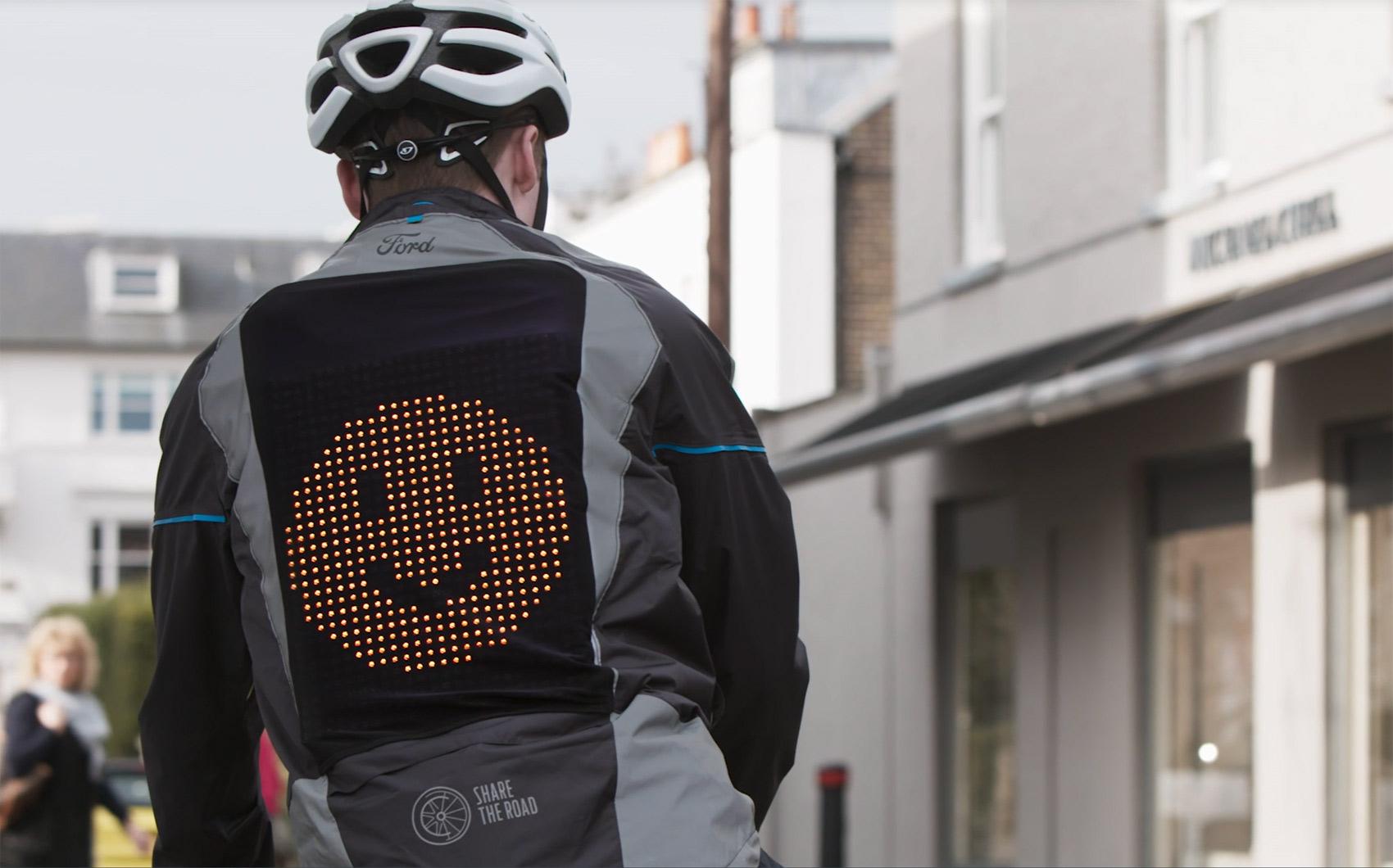 Emojier kan dempe konflikter og misforståelser i trafikken. (Alle foto: Ford)