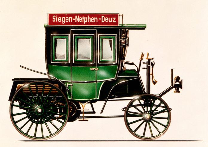 Verdens første buss med forbrenningsmotor ble laget i 1895. (Fotos: Daimler)
