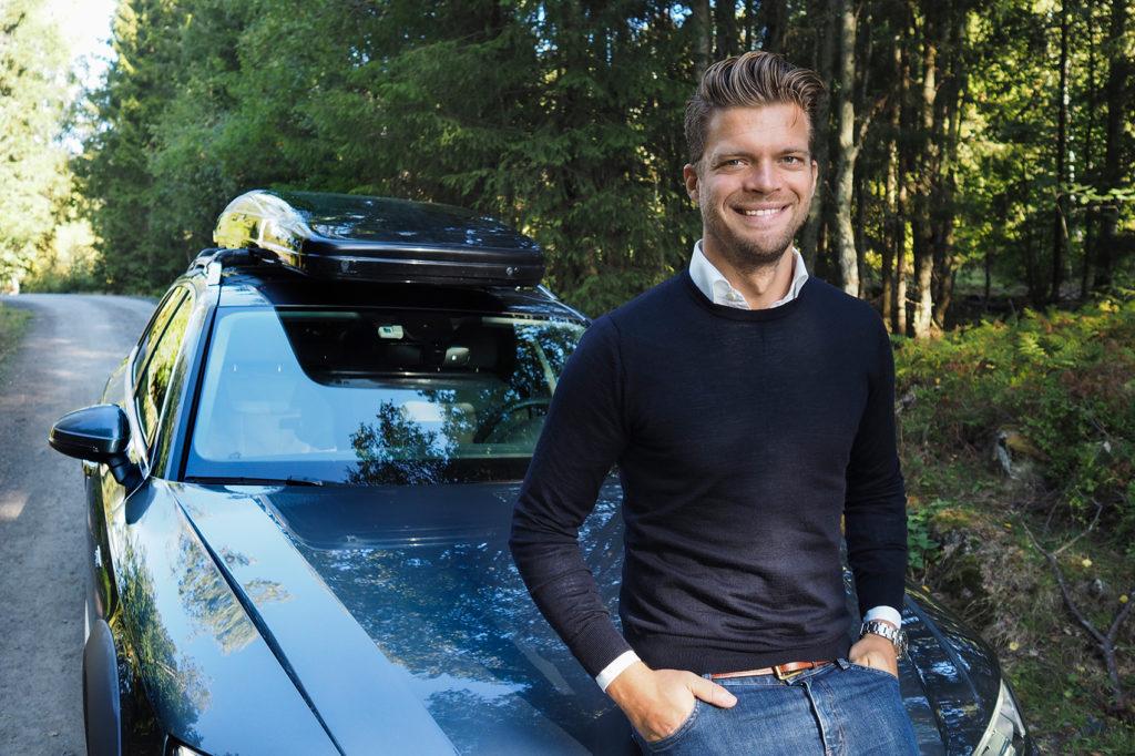 Magnus Frøshaug Ryhjell hos Finn har overraskende nyheter rundt dieselsalget. (Foto: Caroline Roka, Finn)