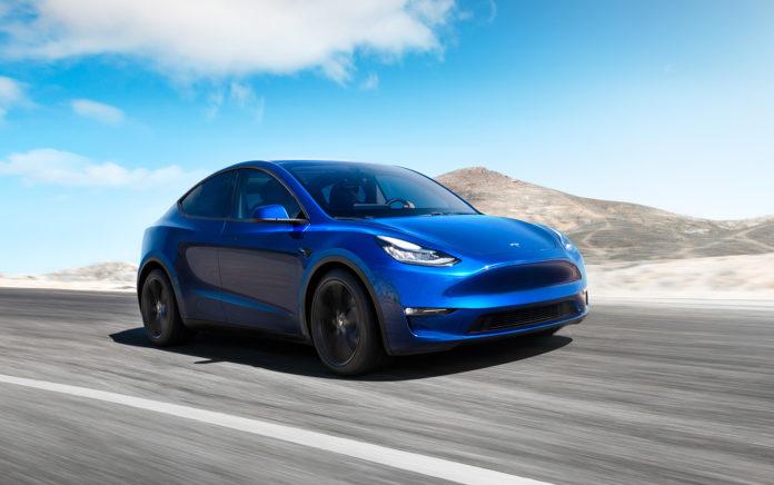 Mandag startet Tesla utleveringene av Model Y i USA. (Alle foto: Tesla)