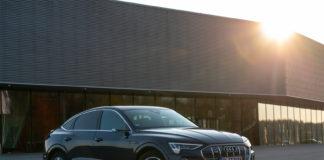 Takket være e-tron klarte Audi seg godt i mars, men sola er nå i ferd med å gå ned for nybilsalget. (Fotos: Audi)