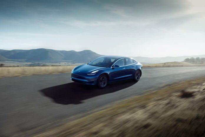 Tesla Model 3 har blitt dyrere i Kina. (Fotos: Tesla)