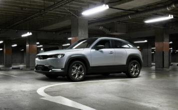 Mazda har startet produksjonen av MX-30, bilmerkets første elbil. (Fotos: Mazda)