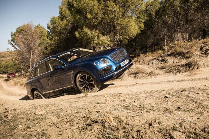 Bentley Bentayga lar seg ikke stoppe av noe. (Fotos: Bentley)
