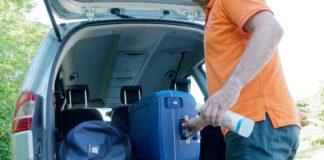 Mange skal på bilferie i år, og da er det greit å ha antibakterielle midler tilgjengelig. (Foto: If)