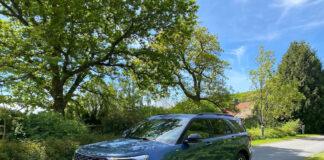 Den ladbare hybriden Ford Explorer har faktisk en større elektrisk rekkevidde enn det Ford opplyser. (Fotos: Nybiltester)