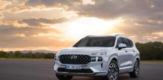 Hyundai oppgraderer nå Santa Fe, som blir den første SUV-modellen på en ny plattform. (Fotos: Hyundai)
