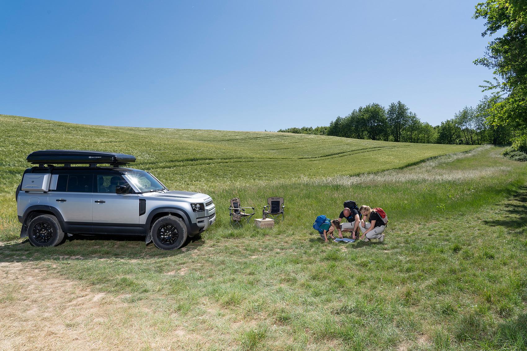 Skal det være en Land Rover med telt på taket?