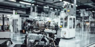 Her er en elektrifisert turbo som vil gjøre Mercedes-AMG-modellene enda sprekere i framtiden. (Fotos: Mercedes-AMG)