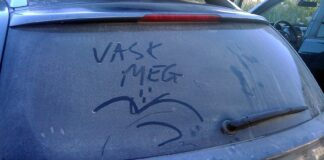Vask meg, ber denne bilen om. Og det kan du gjøre utenfor boligen din også. (Foto: Bil24.no)
