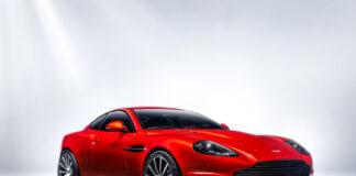 Verdens beste bildesigner har nå kastet seg over modellen han selv designet for 22 år siden, en Aston Martin Vanquish. (Fotos: R-Reforged)