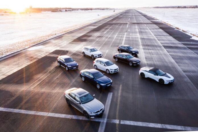 BMW skal komme med 25 elektrifiserte biler innen utgangen av 2023, og disse er et ledd i en enorm grønn omlegging. (Fotos: BMW)
