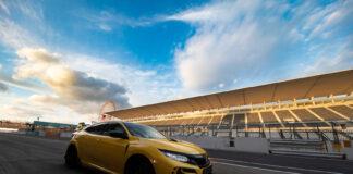 Honda har luftet det lille beistet Civic Type R rundt Suzuka-banen, og satt ny banerekord for serieproduserte forhjulsdrevne biler. (Fotos: Honda)