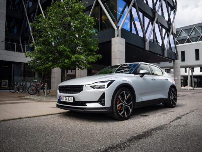 Vi har luftet den kommende elbilen Polestar 2, og svenskene har helt klart laget en god bil. (Fotos: Nybiltester/SB Automotive)