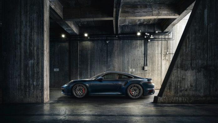Porsche har endelig klar 911 Turbo i den nye 992-serien. (Fotos: Porsche)