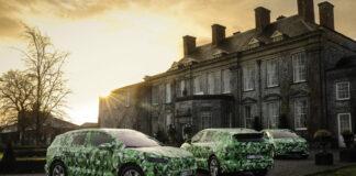 Skoda vil vise elbilen Enyaq uten kamuflasjedrakt 1. september, og da åpner det også opp for bestillinger. (Fotos: Skoda)