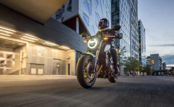 Salget av nye motorsykler går mot et nytt rekordår. (Fotos: Honda)