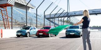 Hyundai tok tre Kona Electric til en hypermiling-test, og samtlige passerte 1.000 kilometer. (Fotos: Hyundai)