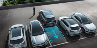 Kia kommer nå med den første modellen i Europa som har fjernstyrt parkering. (Fotos: Kia)