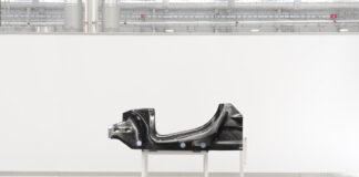 McLaren har utviklet en ny plattform som skal sørge for superlette og elektrifiserte sportsbiler. (Fotos: McLaren)