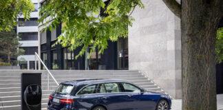 Mercedes har klar en ny E-klasse, som kommer i en rekke utgaver. (Fotos: Mercedes)