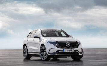 Nå har den høyreiste elbilen i C-klassen fått fart på seg, og Mercedes EQC var den nest mest populære nybilen i juli. (Foto: Mercedes)