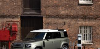 Land Rover blir for første gang mulig å kjøre hele elektrisk. (Fotos: Jaguar Land Rover)