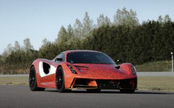 Lotus Evija er en ellevill elbil med 2.000 hk, men som også kommer med en egen rekkevidde-modus. (Fotos: Lotus)