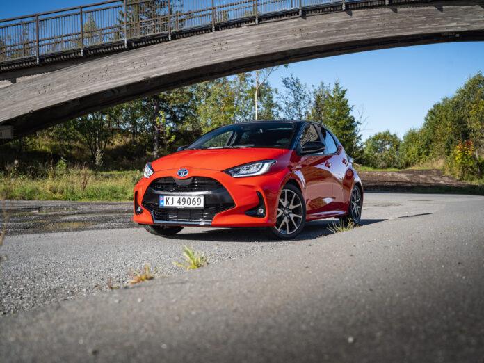 Vi har testet den nye Toyota Yaris, og den imponerer. (Fotos: Nybiltester/SB Automotive)