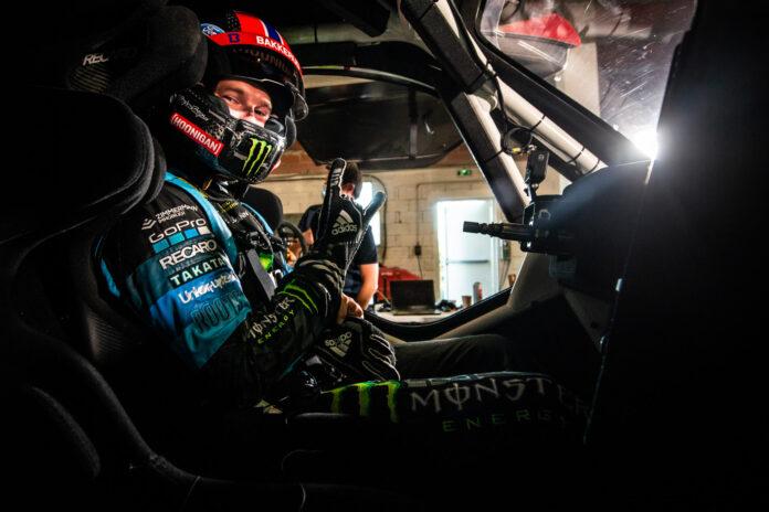Den norske rallycrossføreren Andreas Bakkerud har fått testet bilen i Extreme E. (Fotos: Continental)