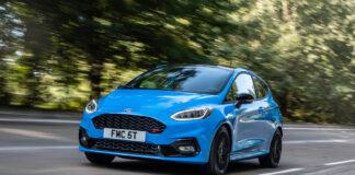 Ford har på gang en ny spesialversjon av Fiesta ST, og denne er asurblå. (Fotos: Ford)