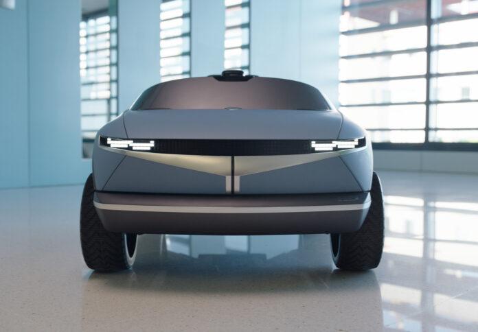 Her er resultatet av konseptet Hyundai 45 vist fram i fjor, men det er kanskje ikke akkurat det vi ventet oss. (Fotos: Hyundai)