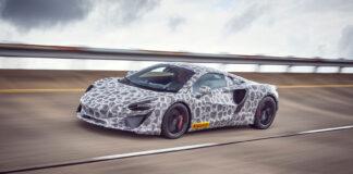 McLaren faser nå ut sine mest rimeligste sportsbiler, og erstatter de med en ny generasjon elektrifiserte biler. (Fotos: McLaren)