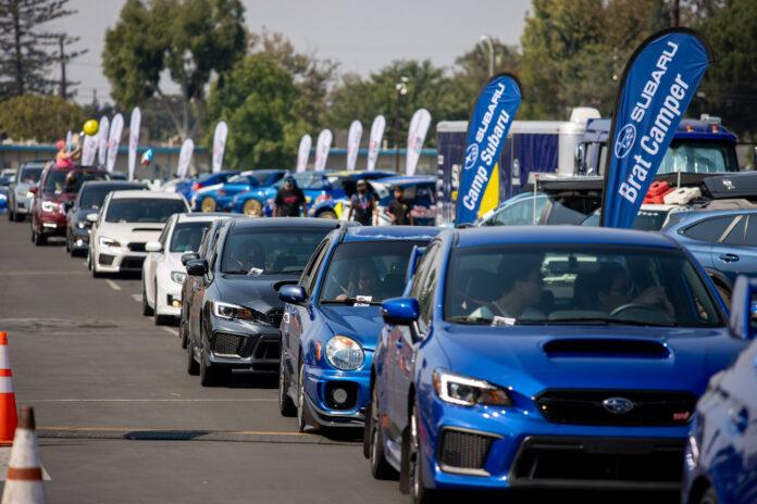 Det er satt ny verdensrekord i antall Subaruer i en parade. (Fotos: Subaru)