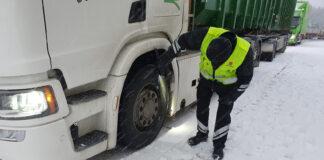 Fra 1. november innføres strengere regler for vinterdekk på tunge kjøretøy. (Foto: Vegvesenet)