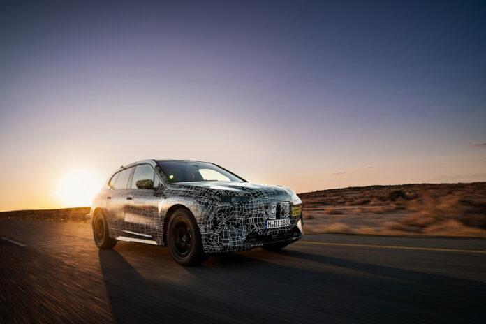 I neste uke vil BMW viser elbilen iNext uten kamuflasjemønstre. (Fotos: BMW)