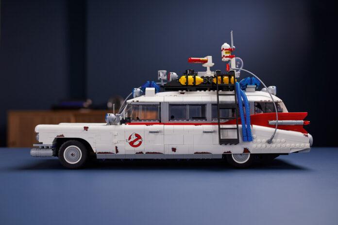 Lyst på den egen Ghostbusters-bil? Nå har du muligheten. (Fotos: Lego)