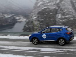 Mange har kjøpt MG ZS EV, og noen kommer til å møte sin første vinter bak rattet på en elbil. Her er tipsene som reduserer rekkeviddetapet. (Fotos: Elbilforeningen)